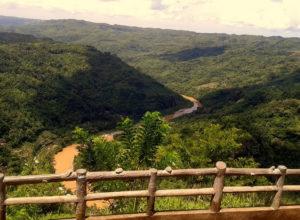 pemandangan dari puncak kebun buah mangunan yogyakarta