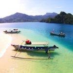 Panorama pulau pasumpahan di sumatra barat