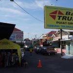 Belanja Suvenir di Kampung Batik Trusmi