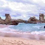 Mempesonanya Pantai Klayar
