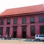 toko merah kota tua di jakarta