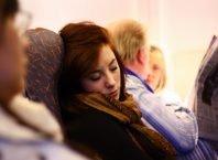 4 Trik Jitu Bisa Tidur Nyenyak Ketika Naik Pesawat