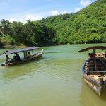 menuju curug cikaso dengan perahu