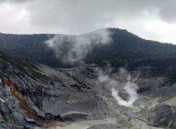 Pesona Indah Gunung Tangkuban Perahu Bandung