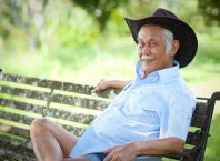 Bob Sadino, Sosok Pengusaha yang sangat menginspirasi