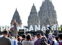 Panggung dengan Background Candi Prambanan, Image By ; Tim Prambanan Jazz 2018