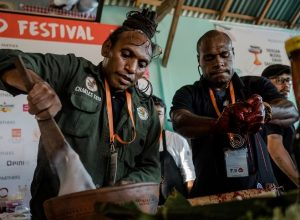 Teater Kuliner 4 -Return of the Jungle Chef, Charles Toto-min