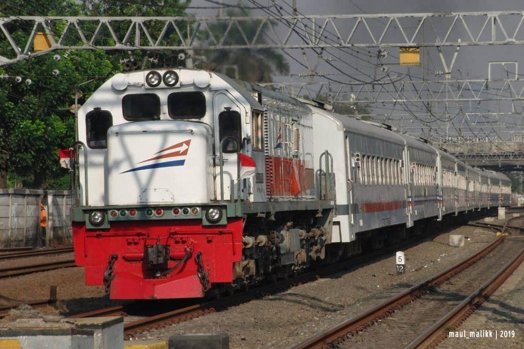 Kereta Api Jaka Tingkir, Image By IG : @maul_malikk