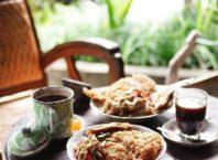 Menikmati Sajian Kuliner di Warung Kopi Klotok Jogja