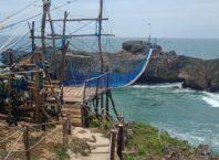Pantai Watu Bale Pacitan, Harga Tiket Masuk, Aktivitas dan Fasilitas, photo by IG : @muryati2082
