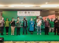 Menparekraf Berharap Vaksinasi Pertama di Bali Percepat Pemulihan Sektor Parekraf